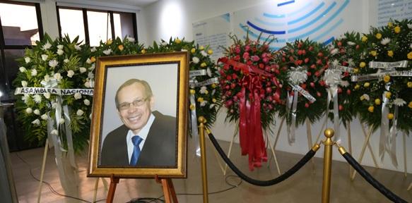 Un muerto preside (literalmente) el Parlamento de Nicaragua