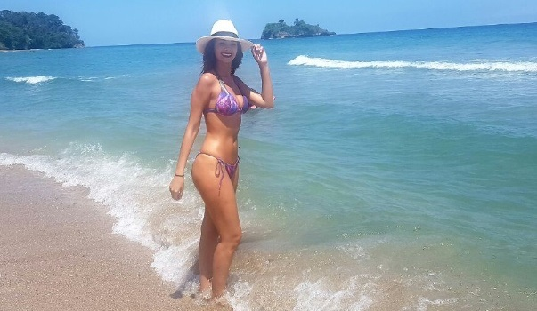 Las Fotos De En Bikini Anabel Angus WowMira Pkw0O8n