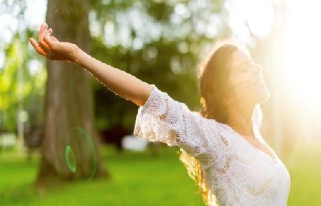 12 claves para ser feliz, según profesor de Harvard