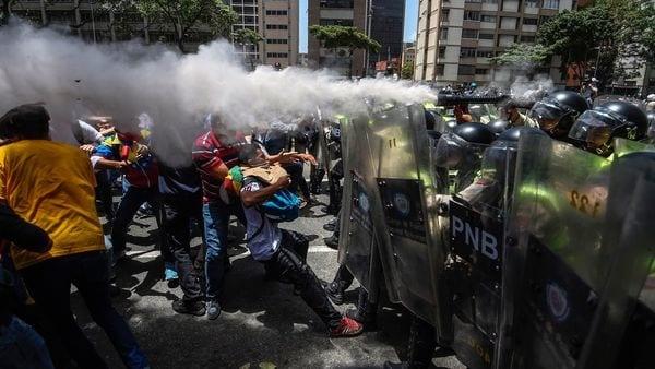 Los cancilleres de la Alianza del Pacífico y del Mercosur preparan una fuerte condena a Venezuela