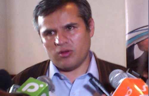 Bolivia: Exportadores y transportistas aseguran que Chile no cumple con libre tránsito y Tratado de 1904