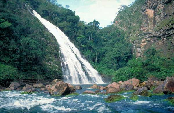 Bolivia es la principal reserva de agua dulce del mundo for Piletas de agua salada en zona sur