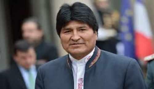 Morales relieva en Bruselas crecimiento de Bolivia y cita desventajas de su enclaustramiento forzado