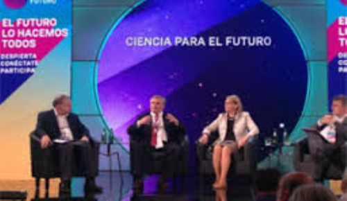 Expertos del Congreso del Futuro aseguran que podríamos estar en peligro de extinción
